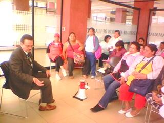 Mesa de dialogo con el Seguro Social.